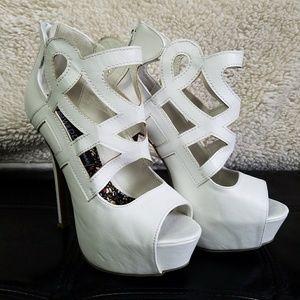 Wild Diva White Open Toe Platforms